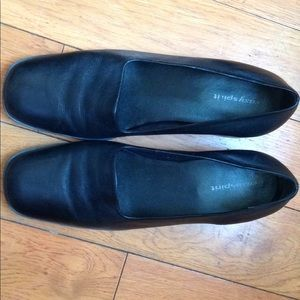 Easy Spirit black leather loafers